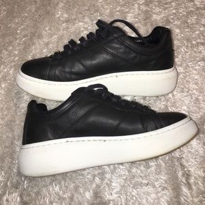 SALE!! Perfect Everyday Topshop Tennis Shoes